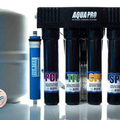 Osmose inverse AP 680, Pompe Booster, 4 niveaux + Revitalisation Aqua Disc
